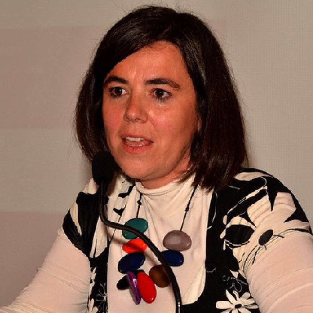 Javiera Navarro   Coordinadora